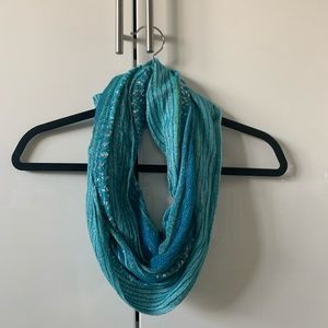 💗Turquoise metallic infinity scarf